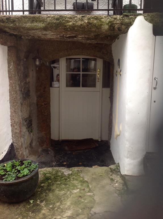 Entrance room 2